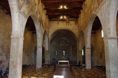 Interno Chiesa di San Giorgio in Lemine Almenno San Salvatore