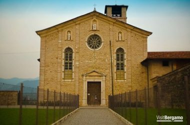 La Chiesa Santa Maria della Consolazionedi Almenno San Salvatore Bg
