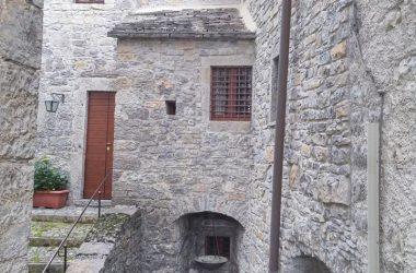 La parte antica della casa di Giorgio Locatelli a Corna Imagna
