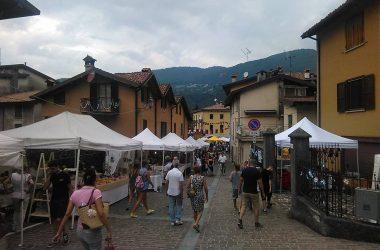 Mercatino di Via Loj Monasterolo del Castello Bergamo
