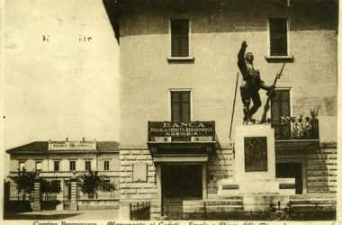 Monumento dei caduti Caprino Bergamasco