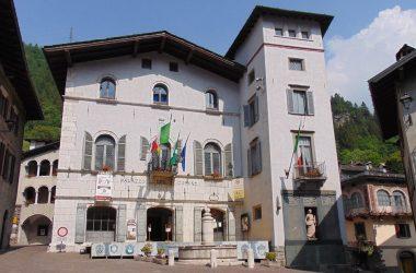Municipio di Gromo Il palazzo Milesi