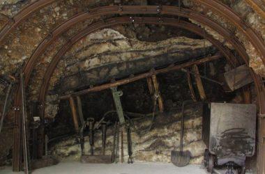 NEMBRO - BG - Ricostruzione della vena del carbone al Museo della Miniera e dell'Emigrazione