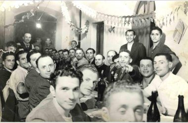Orio al Serio, settembre 1946. Un momento di festa con Don Antonio Vizzardi Parroco di Orio
