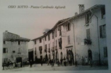 Osio Sotto piazza agliardi con la via vittorio emanuele anni 20
