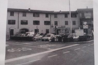 Osio Sotto piazza agliardi primi anni 90