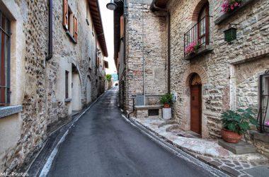 Paese di Almenno San Salvatore Bergamo