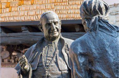 Papa Giovanni XXIII | Statua Sotto il Monte Giovanni XXIII