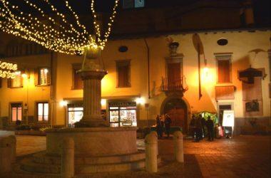 Piazza Gandino a Natale
