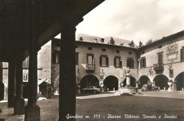Piazza Vittorio Veneto Gandino