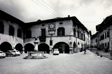 Piazza Vittorio Veneto Gandino foto storica