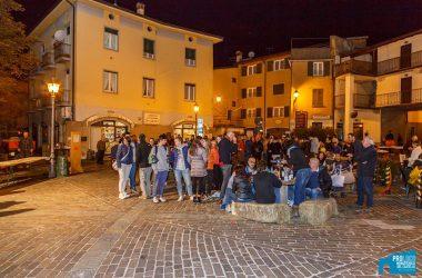 Piazza di Monasterolo del Castello