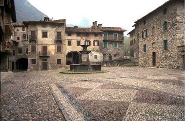 Piazza di Ogna - Villa d'Ogna