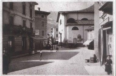 Piazza e Chiesa di Gazzaniga
