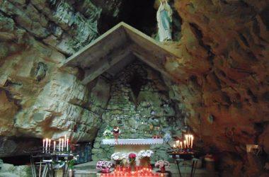 Ponteranica Bergamo la Grotta della Madonna di Lourdes