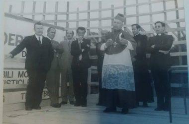 Posa della prima pietra della Chiesa di Zingonia nel 1973