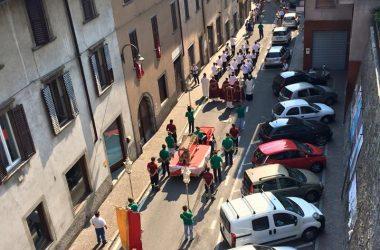 Processione a Gazzaniga