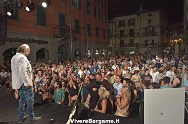 Pubblico-di-Jerry-Calà-Sarnico