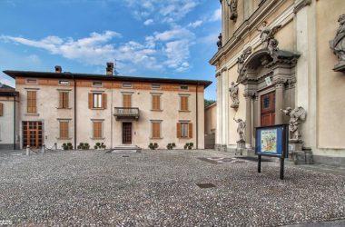 Sagrato Chiesa Almenno San Salvatore