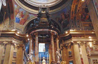 Santuario Santa Maria del Fonte Caravaggio Altare