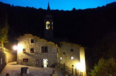 Santuario della Madonna del Perello Algua di sera