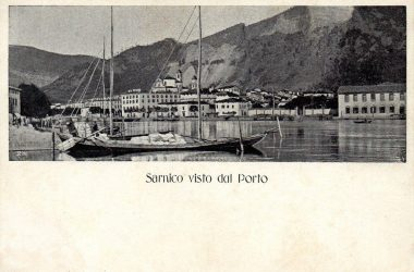 Sarnico vista dal porto