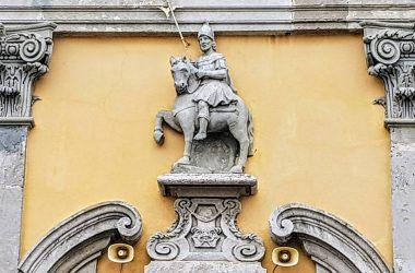 Statua di San Vittore a cavallo Bottanuco