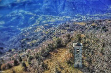 Torre Chiesa di San Pietro Berbenno Valle Imagna
