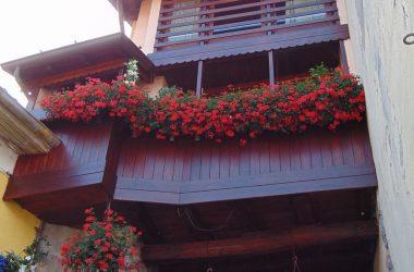 Valsecca Balconi fioriti