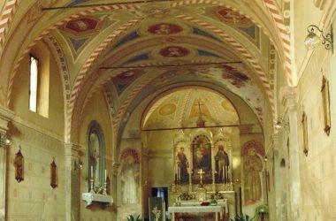 Vertova- Bergamo -La chiesa di san Lorenzo -Dotata di struttura rettangolare