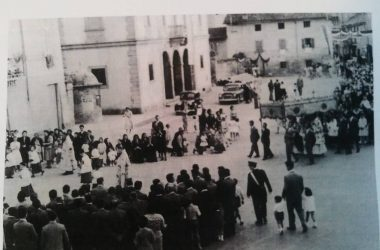 anni 40 la piazza Osio Sotto