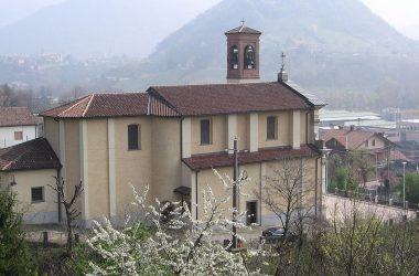 Chiesa-paese-di-luzzana-paese-bergamasco-val-cavallina-provincia-di-bergamo