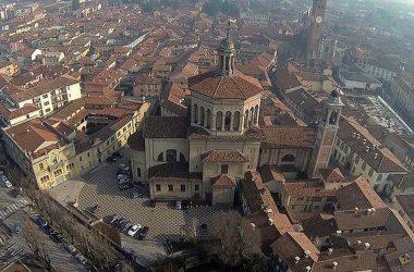 basilica-paese-di-treviglio-comune-bergamasco-provincia-di-bergamo