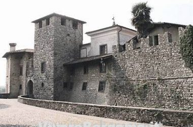 castello-paese-di-castelli-calepio-paese-bergamasco-provincia-di-bergamo