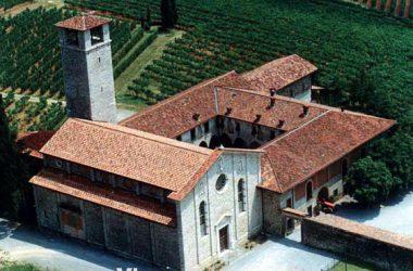 chiesa-san-nicola-valle-imagna-panorama-corna-imagna-paese-provincia-di-bergamo
