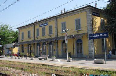 stazione-treno-paese-di-treviglio-comune-bergamasco-provincia-di-bergamo