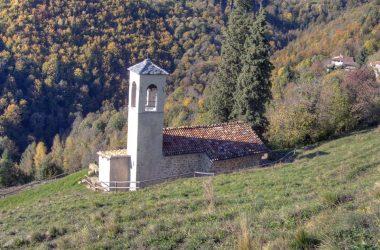 chiesa affrescata di San Ludovico di Tolosa (Bretto di Camerata Cornello