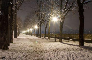 città alta Bergamo con neve
