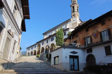 scalinata chiesa vertova